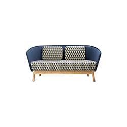 光环木质扶手椅 aura wood armchair L 英诺 Inno Interior品牌 Mikko Laakkonen 设计师